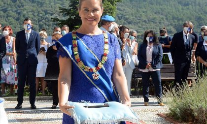 In piazza a Seborga la cerimonia di investitura della Principessa Nina