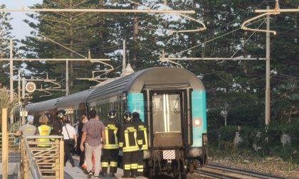 Il segno della croce e poi sotto il treno, morto uomo di Bordighera (circolazione ripresa alle 21.45)