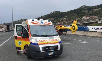 Camionista gravemente ferito a un braccio a Ventimiglia
