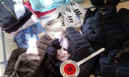 """Sul lungomare di Vallecrosia è arrivata la """"moda inverno"""": ma è tutto contraffatto"""