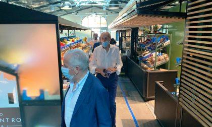 Sappa e Claudio Scajola in visita al mercato di Porto Maurizio