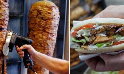 Polizia sospende la licenza a un Kebab del centro di Ventimiglia