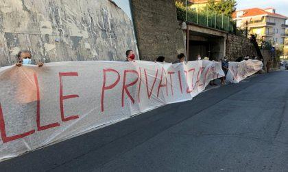 """""""Stop alla privatizzazione selvaggia"""" manifestazione a Imperia"""