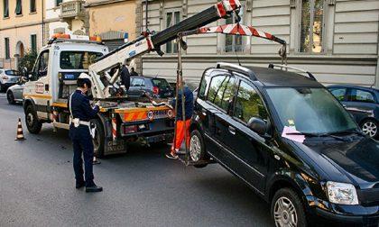Sospese per tre giorni le rimozioni forzate delle auto a Sanremo