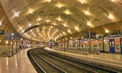 Uomo investito sui binari nella stazione di Montecarlo, interrotto traffico con la Francia
