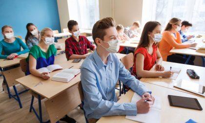 Scuola, altri 5 studenti positivi al covid