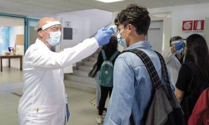Tre nuovi casi Covid nelle scuole della provincia