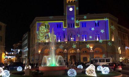Aria natalizia a Imperia con le nuove luminarie