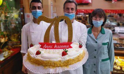 """La storica pasticceria """"Primavera"""" di via Palazzo festeggia 70 anni"""
