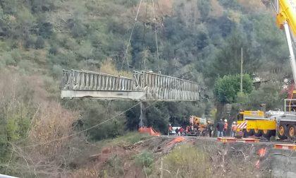 Rimosso il ponte Bailey di Rocchetta Nervina sulla provinciale 68. Foto e video