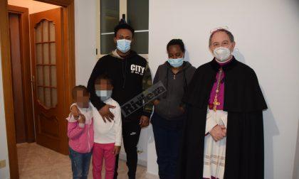 Emergenza famiglie straniere: vescovo inaugura casa di accoglienza
