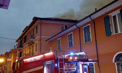 Per l'incendio di Diano: 6 sfollati e Aurelia chiusa