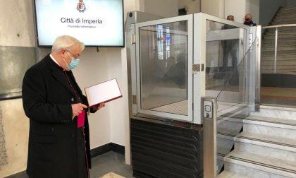 Inaugurato in Comune a Imperia l'ascensore per accesso ai disabili