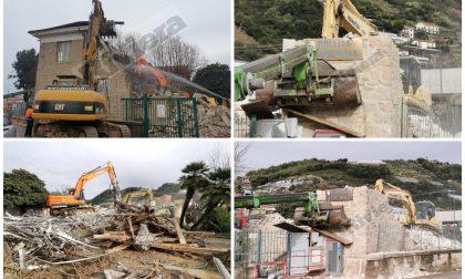 Demolita in poche ore l'ex caserma della polizia locale di Vallecrosia. Foto e Video
