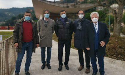Meeting di sindaci per inaugurare il centro vaccini di Camporosso. Foto e Video