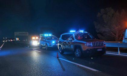 Famiglia si schianta in auto sul cantiere dell'A10 tra Imperia e San Bartolomeo, grave la donna