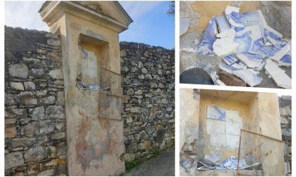 Vandali distruggono edicola storica di Porto
