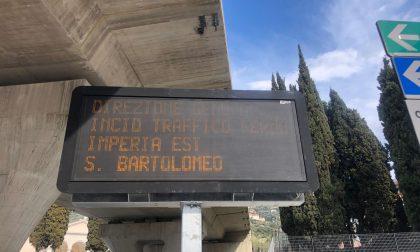 Traffico bloccato per incidente sull'Autofiori
