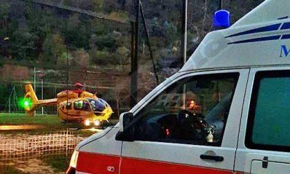Incidente in moto a Pigna, 50enne in elicottero al Santa Corona