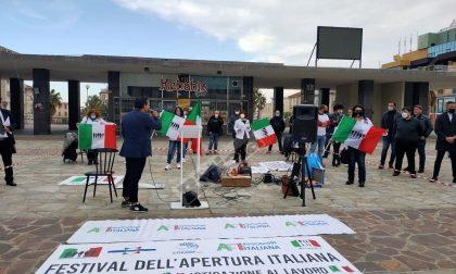 Le Partite Iva scendono in piazza a Sanremo e lanciano l'ultimatum a Draghi