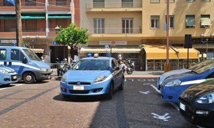 Forza posto di blocco a Ventimiglia: folle corsa  sull'A10, polizia lo cattura provocando coda di tir