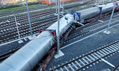 Treno deragliato: merci ripartito per la Francia, al via rimozione vagoni cisterna