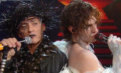 """Amadeus difende Fiorello dalle accuse del vescovo Suetta per il duetto con il """"blasfemo"""" Lauro"""