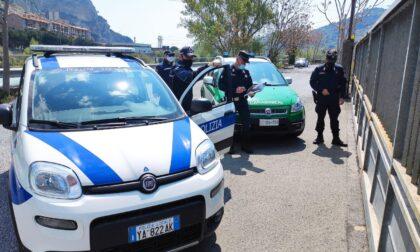 Scoperta e sequestrata a Ventimiglia una carrozzeria abusiva