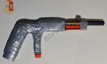 'Ndrangheta: polizia arresta 50enne e sequestra arma artigianale con colpo in canna