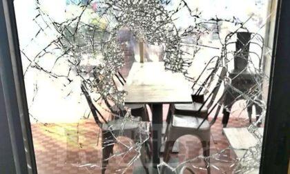 Furto con spaccata al ristorante di Ventimiglia: bottino 10 euro, danni per oltre 500