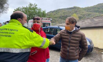 L'assessore Scajola in visita al centro vaccini di Chiusavecchia