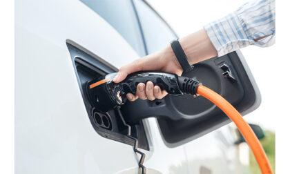"""Noleggio a lungo termine di auto elettriche, la soluzione per conducenti """"green"""""""