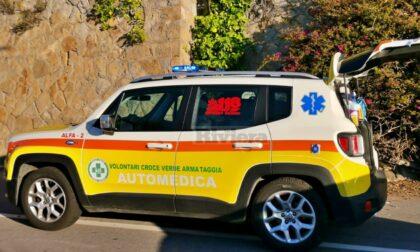 """Bidella cade dalle scale a scuola portata in """"codice rosso"""" all'ospedale di Sanremo"""