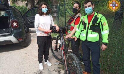 Ciclista ferito nell'impatto con un cinghiale nei boschi di Gouta
