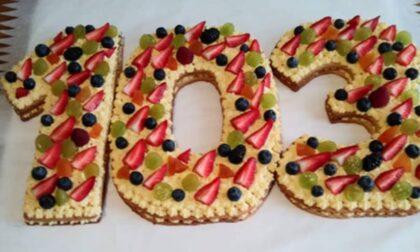 Auguri alla corista Fernanda per i suoi 103 anni