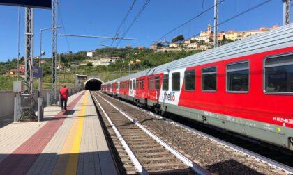Donna travolta e uccisa dal treno a Diano Marina: traffico ferroviario interrotto