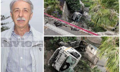 Camion di Docks Lanterna precipita nel vuoto, ex assessore Bordighera salvo per miracolo