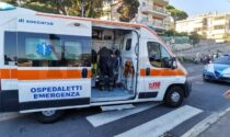 """Donna urtata e buttata a terra da moto """"pirata"""" in corso Marconi a Sanremo"""