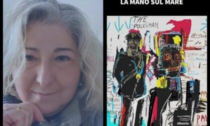 La mano sul mare, il nuovo libro di Carmen Palomenta
