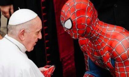 Lo spiderman ligure in udienza dal Papa
