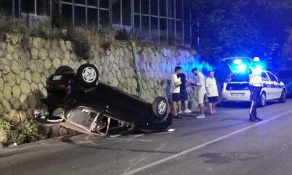 Auto si ribalta sull'Aurelia a Sanremo