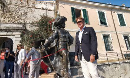 Inaugurata a Ventimiglia la statua del Corsaro Nero