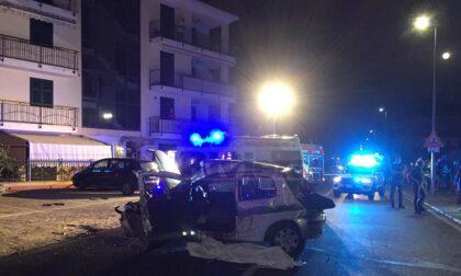 Terribile schianto a Diano Marina: muore un 19enne, gravi altri quattro giovani. Particolari