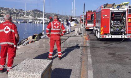 Principio di incendio su una imbarcazione del Porto Vecchio