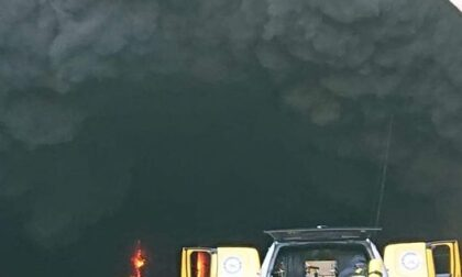 Camion in fiamme sull'A'10 tratto chiuso