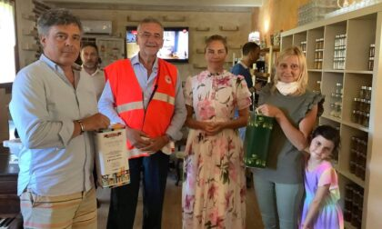 Frantoio di Seborga dona 10 litri di olio extravergine, presente anche la Principessa Nina