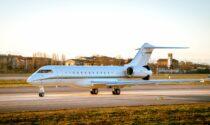 Facoltosi turisti positivi al Covid tornano a casa con il jet privato