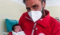 Benvenuta Hina, la prima bimba afgana nata in Italia