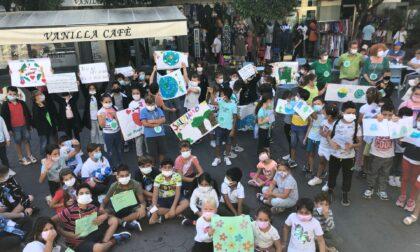 Giornata mondiale dell'ambiente. Bimbi in piazza