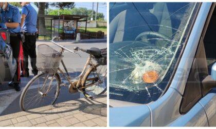 Tragedia a Camporosso: travolto e ucciso mentre attraversa con bici al seguito